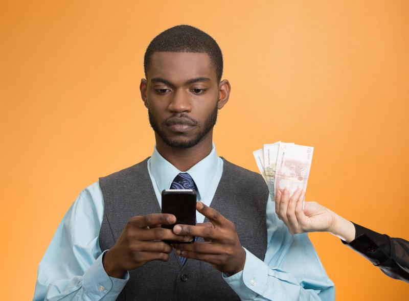スマートフォンでお金を稼ぐ